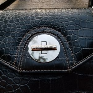 Jaclyn Smith Small purse